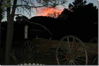 20041208 sunset wagon